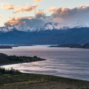 Lago General Carrera en el Sector Avilés - Parque Nacional Patagonia Chile.