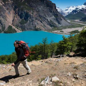 Paso La Gloria, Valle Hermoso - Parque Nacional Patagonia Chile.