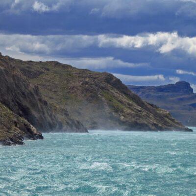 El viento sobre el Lago General Carrera.