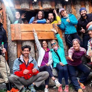 Alegría y buena energía en nuestro Hut Glaciar.